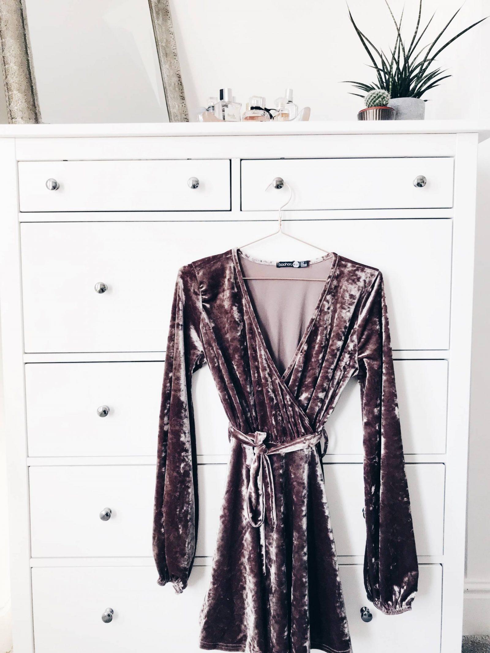 Amy Farquhar Boohoo Blogger Shop Style Party Dress GRWM