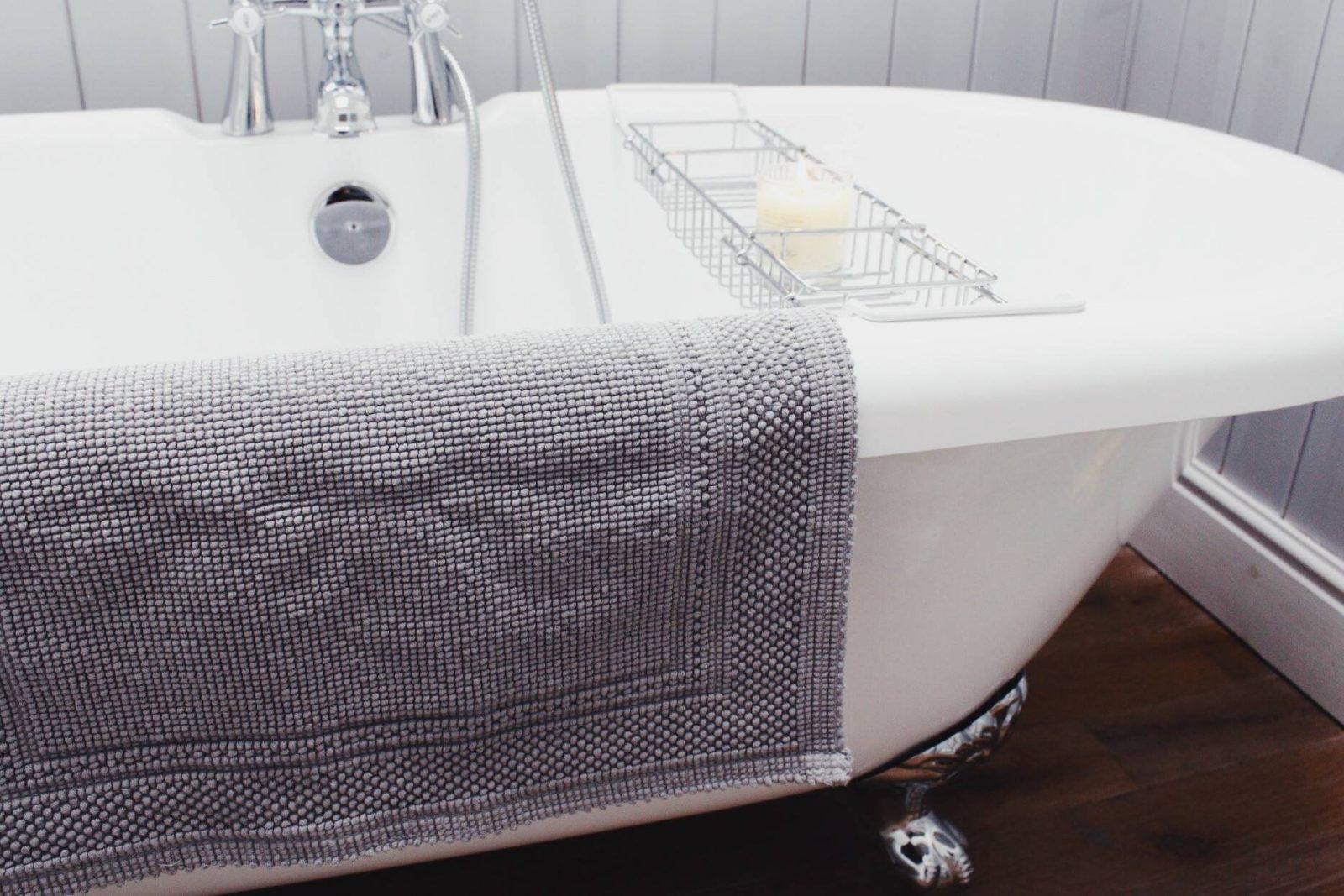 The White Company, Bathroom, Sale, Interiors, Home Design, House Renovation, Roll Top Bath, Bath Mat